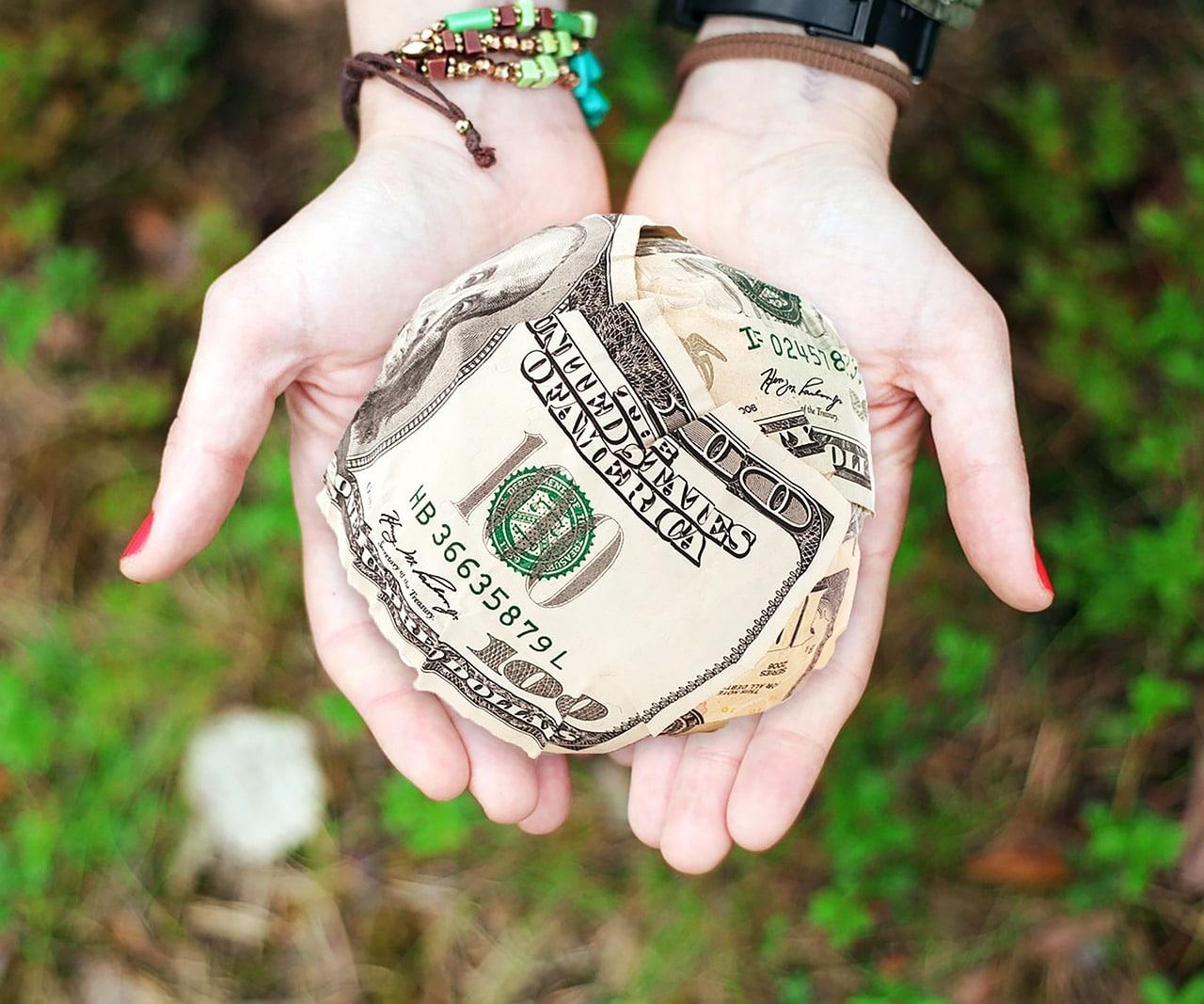 Dons d'argent